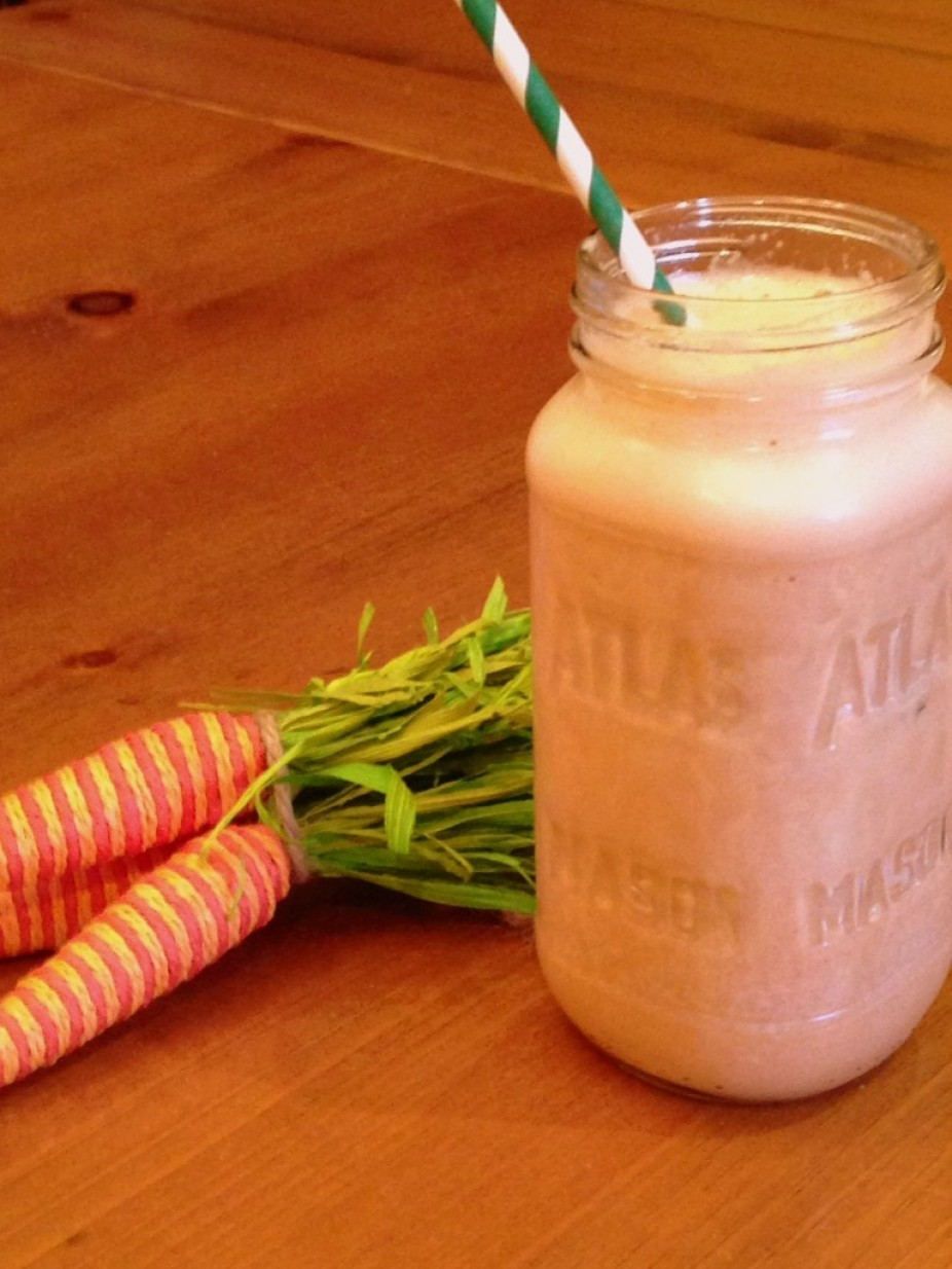 Carrot Cake Protein Smoothie