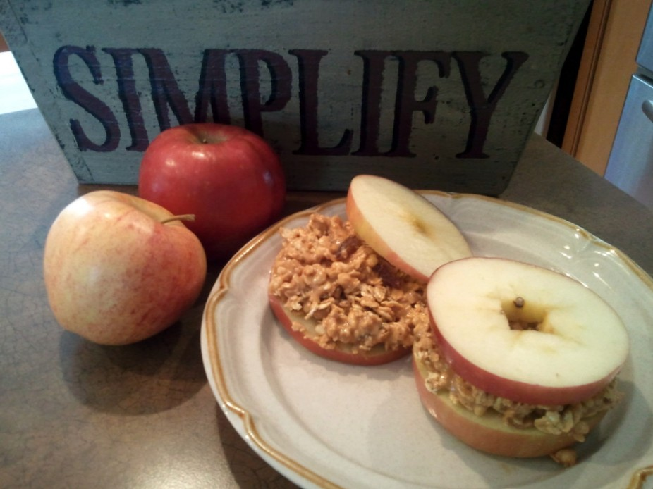 Nutty Granola & Apple Sandwiches