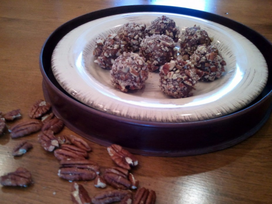Chocolate Pecan Pie Protein Balls